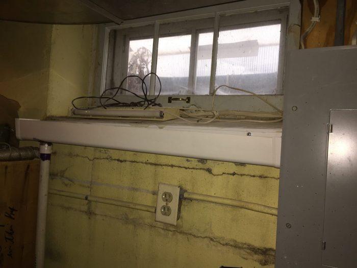 Interior gutter