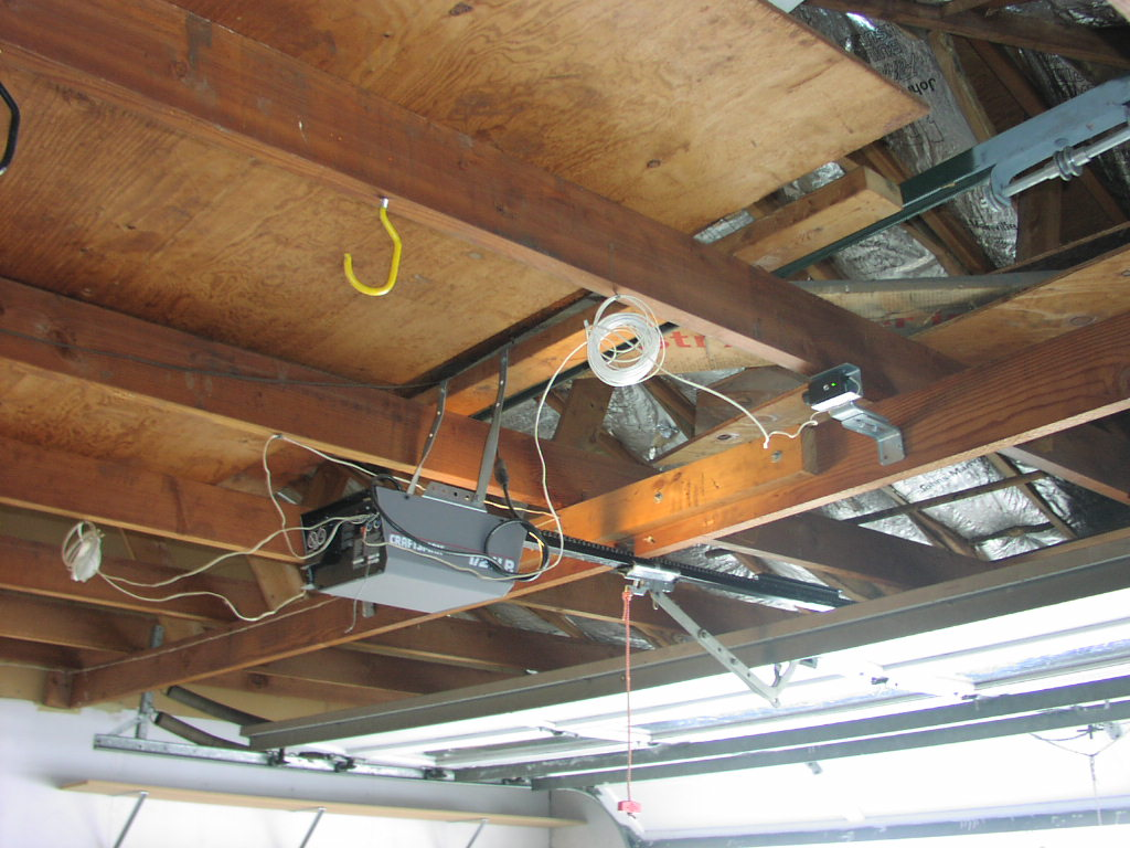 The Most Common Garage Door Opener Issues Wiring Humidifier To Furnace Control Board Photoelectric Sensors At Ceiling 4