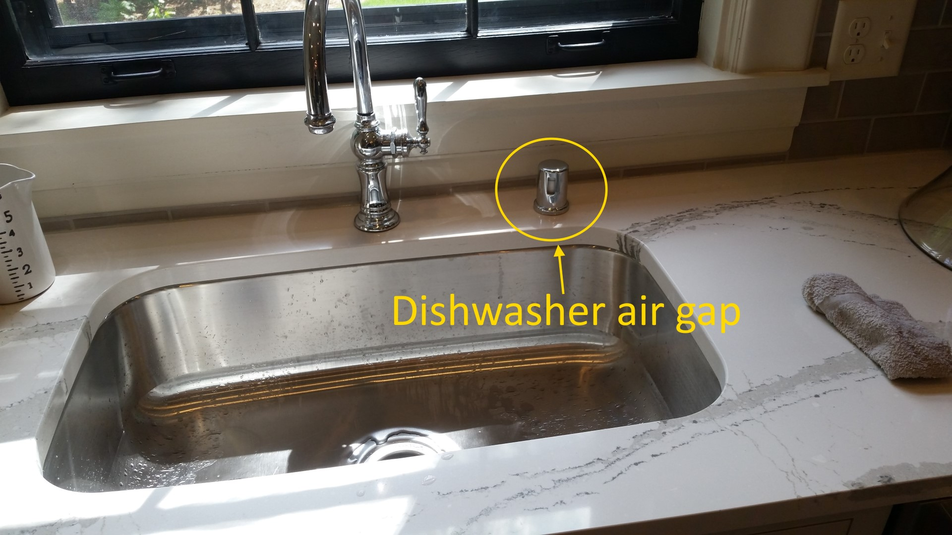 Superieur A Dishwasher Air Gap Is An Egg Sized Device That Gets Mounted Above The Sink  To Help Prevent Contaminated Water From Draining Back Into The Dishwasher.