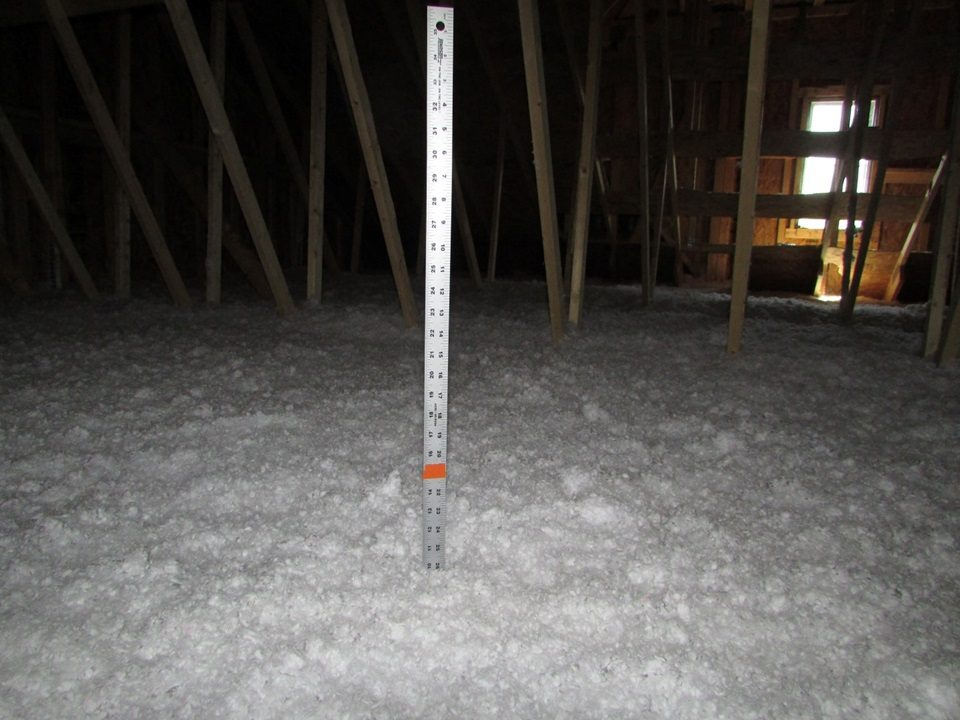 Attic insulation types construction pro tips for Loose fill fiberglass insulation